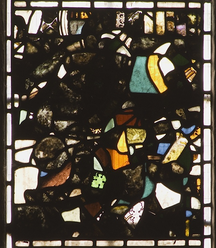 thornhill-st-michael-all-angels-west-window-1b-fragments