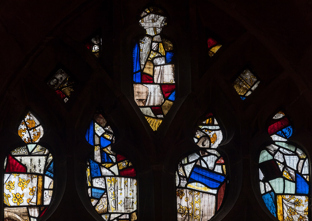 15C-Y419-sIII-tracery-lights-Thornhill-All-Saint