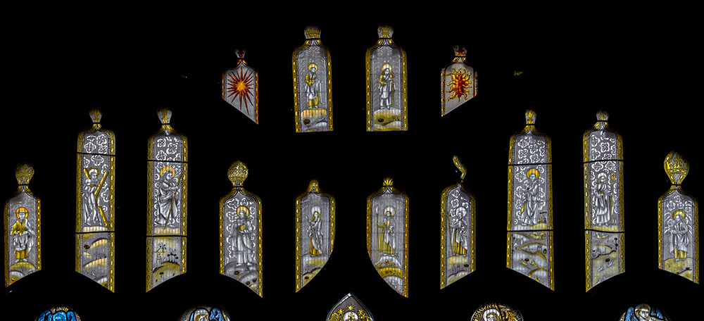 2012-Y435-nII-tracery-lights-Thornhill-All-Saints